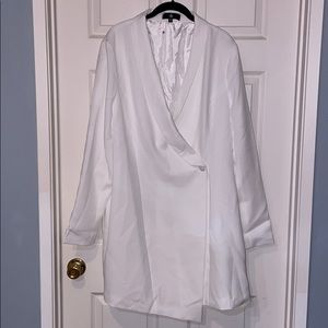Misguided NWOT white tuxedo mini dress